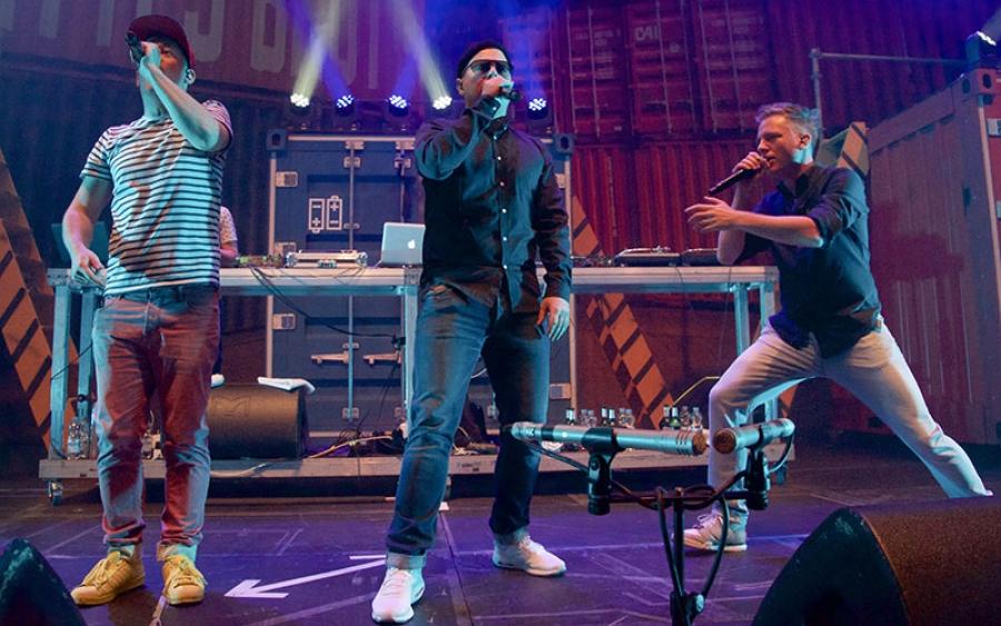 Hiphop Charts Fettes Brot Sind Frischgebackene Vizesieger